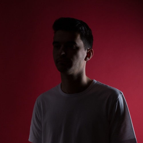 """Roche Musique's Zimmer Blows Apart """"Silver"""" With A Sterling Remix"""